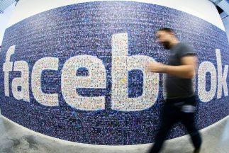 Dos millones de nombres de usuario y contraseñas de Facebook, Twitter, Gmail y Yahoo fueron robadas por hackers.