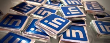 how-to-land-a-job-at-linkedin-7724343aec-768x300